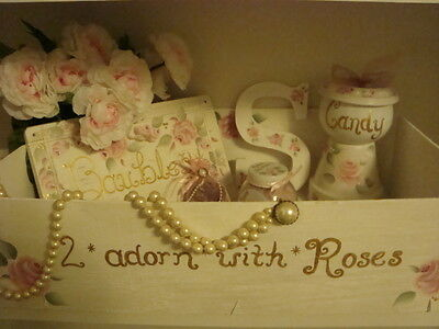 2*Adorn*With*RoSeS