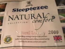 """Sleepeezee """"Natural indulgence Silver"""" Kind Size mattress - like new (8 months old) - No stains!"""