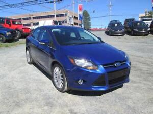 2012 Ford Focus TITANIUM! LEATHER, NAV, SUNROOF, A/C, LOADED!!