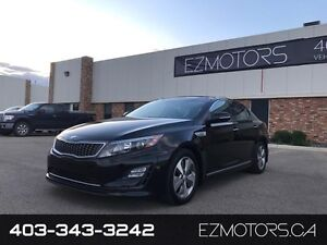 2014 Kia Optima Hybrid EX--only 22K--WE FINANCE!