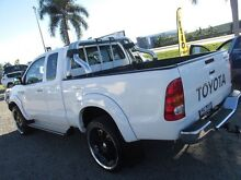 2006 Toyota Hilux  White Manual Mount Pleasant Mackay City Preview