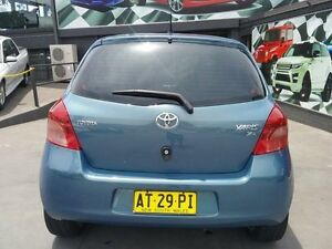 2007 Toyota Yaris NCP90R YR Grey 4 Speed Automatic Hatchback Greenacre Bankstown Area Preview