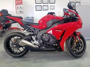 2015 Honda CBR1000 ABS - Bike presents like new