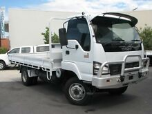 2005 Isuzu NPS300 MWB White 5 SPEED Manual TRAY TOP DAY CA Varsity Lakes Gold Coast South Preview