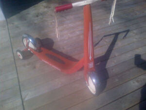 Red Rider Scooter - Training Wheels Included