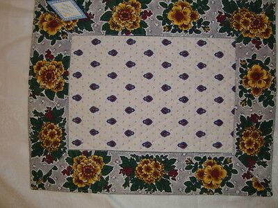 French Provencal victuals place mat Marat, Avignon, France 100% Cotton, Rectangular