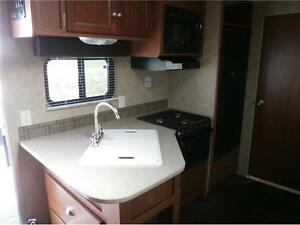 2013 COLEMAN 191 QB, OUTDOOR KITCHEN, DEEP SLIDE, $13995!! London Ontario image 8