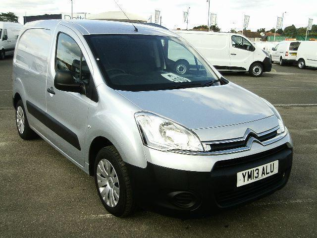 Citroen Berlingo 1.6 HDI 75PS DIESEL MANUAL SILVER (2013)