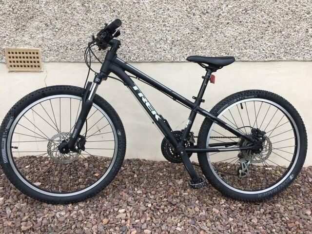 ffa634db714 TREK SUPERFLY 24