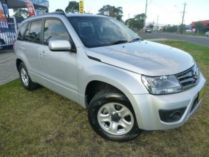 2013 Suzuki Grand Vitara JT MY13 Urban (4x2) Silky Silver 4 Speed Automatic Wagon Horsley Wollongong Area Preview