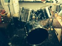 Pearl Export Drum Kit - ideal for beginner kit or as a gigging drum kit.