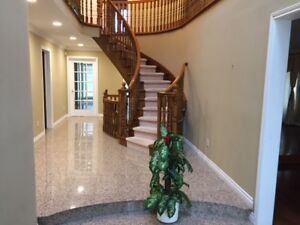 Gorgeous 5 Bedroom Detach House for Rent