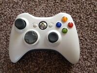 Xbox 360 White Wireless Controller GENUINE