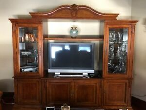 WALL UNIT AND TV CONSOL
