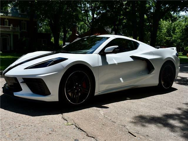 2020 White Chevrolet Corvette Stingray 2LT   C7 Corvette Photo 2