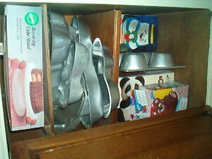 Cake pans and accessories and Chocolate molds Windsor Region Ontario image 4