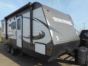 2017 TRAIL RUNNER 21 SLE - INEXPENSIVE NEW TRAVEL TRAILER