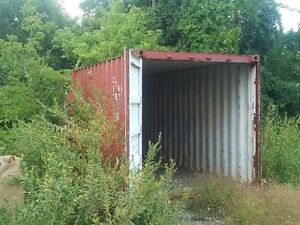 20' Shipping Containers London Ontario image 1
