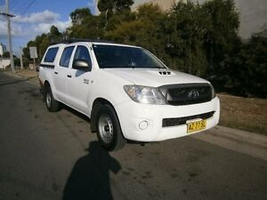 2008 Toyota Hilux KUN16R 08 Upgrade SR White 5 Speed Manual Dual Cab Pick-up South Windsor Hawkesbury Area Preview