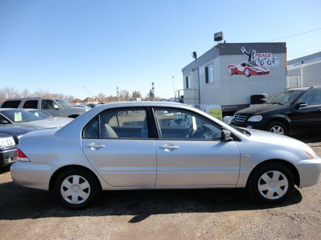 2004 mitsubishi lancer es sport one owner only 139 000km used cars trucks edmonton. Black Bedroom Furniture Sets. Home Design Ideas
