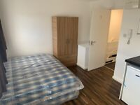 SELF-CONTAINED STUDIO FLAT TO RENT, NW9 6SR