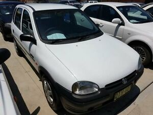 1994 Holden Barina SB Swing White 4 Speed Automatic Hatchback Georgetown Newcastle Area Preview