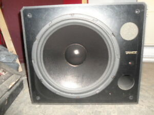 TANNOY POWERED SUB