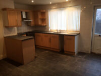 Housing Benefit Tenants Welcome - Recently Refurbished 3 bed terraced house in Bramley