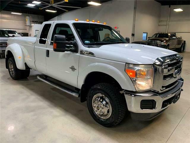 Image 19 Voiture Américaine d'occasion Ford F-350 2011