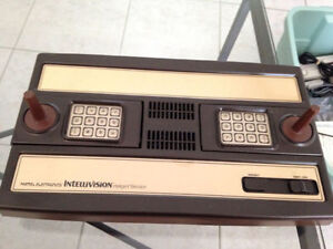 Intellivision with 22 games (wonderful shape)