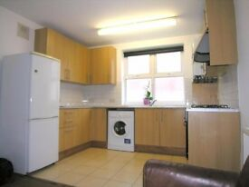 ****A BRIGHT AND RECENTLY DECORATED TWO BEDROOM FIRST FLOOR FLAT SITUATED IN A VERY CONVENIENT****