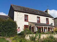 Farmhouse sleeps 10 in 4 bedrooms. Week in July 8 -15 Reduced by £60