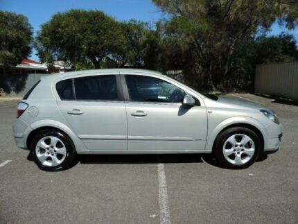 2006 Holden Astra AH MY06 CDX 5 Speed Manual Hatchback Clearview Port Adelaide Area Preview