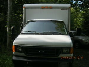 camion cube 16 pied ford ctv 2004