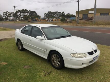 2002 Holden Commodore VX II Lumina White 4 Speed Automatic Sedan
