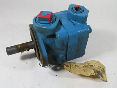 Vickers 358357-3 Hydraulic Vane Pump 1-14 Inlet 34 Outlet Used