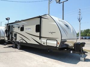 2018 Coachmen Freedom Express 279RLDS Rear Lounge Travel Trailer