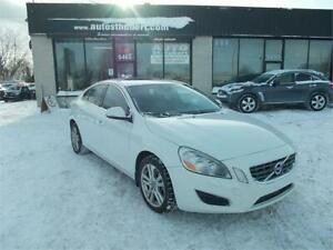 VOLVO S60 T6 AWD 2012 **CUIR + TOIT OUVRANT**