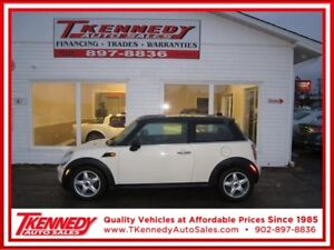2010 MINI COOPER CLASSIC JUST 69,000 KM ONLY $7,977.