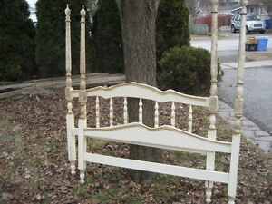 VINTAGE SHABBY CHIC 4 POSTER FRENCH BED w FRAME