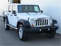 2011 Jeep Wrangler Unlimited Rubicon 6SP Manual Heated Seats!
