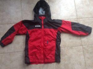 Kid's Columbia Spring jacket Size 4/5