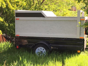 Snow Bear Utility Trailer with top 4' x 7'