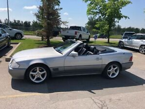 Classic Mercedes SL - low KM - near perfect condition