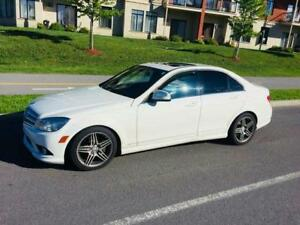 2009 White Mercedes Benz C-300
