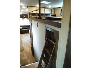 2017 Compass 377MB Luxury 2 bedroom 5th wheel - 4 slideouts Stratford Kitchener Area image 14