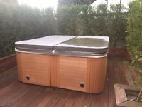 Hot Tub for Spares or Repair - Free to Uplift