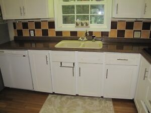 Countertop brown in color practically new