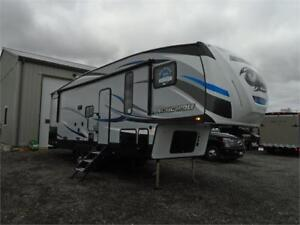 2018 FOREST RIVER ARCTIC WOLF 5TH WHEEL 265 DBH! LOADED! $39995!