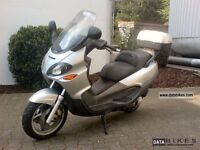 piaggio X9 for spare parts or project @working order, carburetor needs attention.